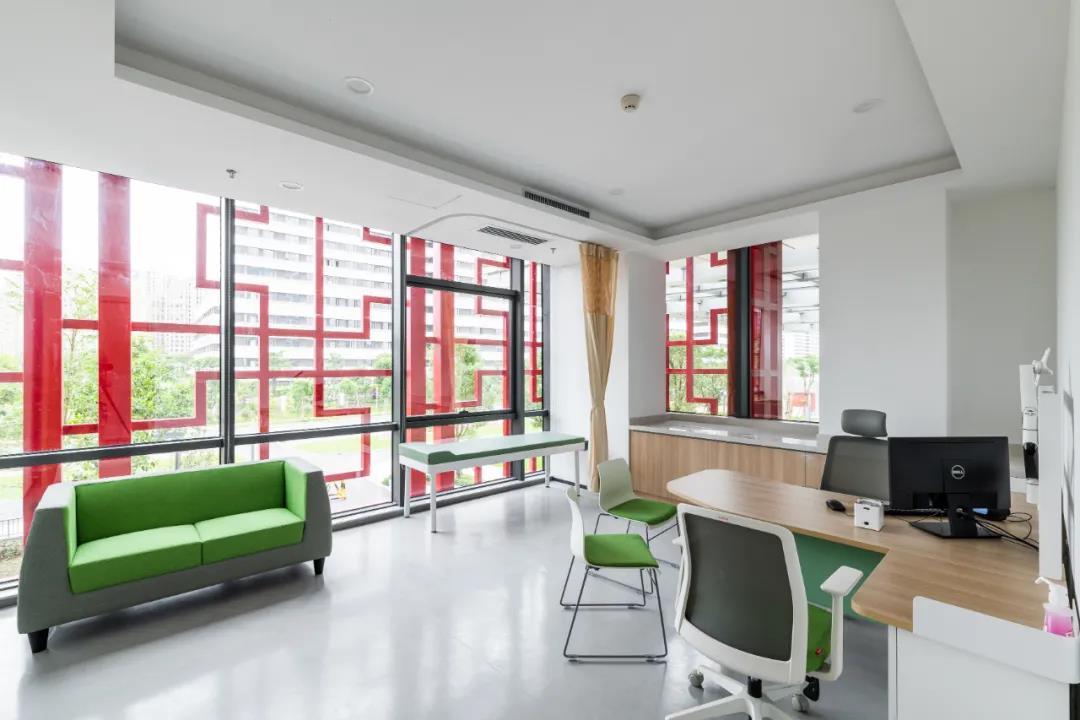 震旦医疗家具-诊室空间