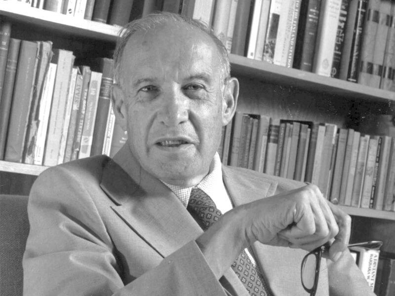 彼得.杜拉克一当代顶尖的管理思想泰斗,有「现代管理学之父」之誉